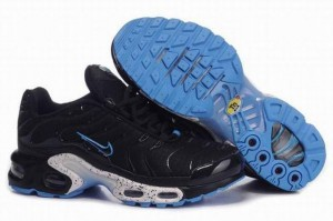 baskets nike tn pas cher